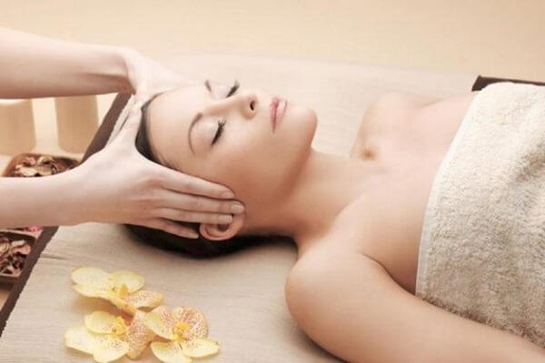 Cách massage đầu giảm căng thẳng, stress