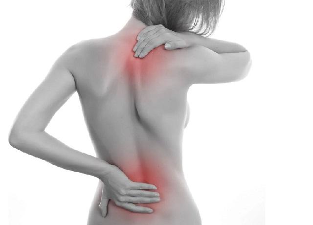 Cách massage bấm huyệt giúp trị đau lưng